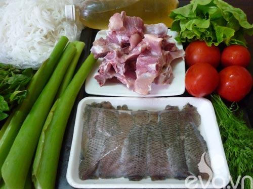 Đổi món bữa trưa với bún cá rô đồng - 1