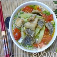 Đổi món bữa trưa với bún cá rô đồng