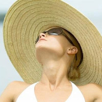 Tự bảo vệ sức khỏe khi trời nắng nóng