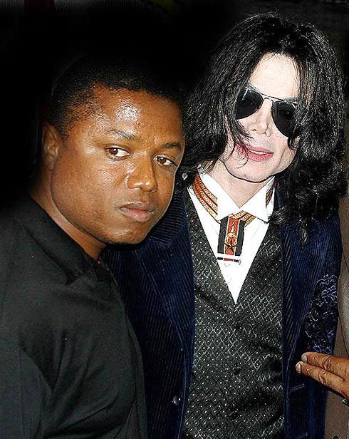 """Michael Jackson từng muốn """"xử"""" em trai - 1"""