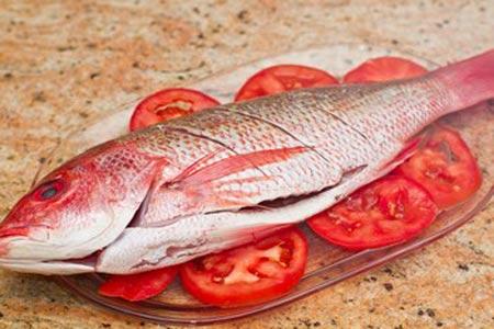 Mê mẩn món cá hồng hấp của vợ - 5