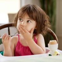 Những thực phẩm dễ gây ngộ độc cho trẻ