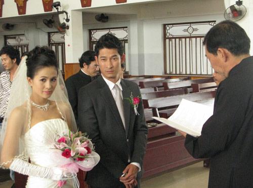 Xem Huy Khánh tiếp tục làm... siêu Sở Khanh - 1