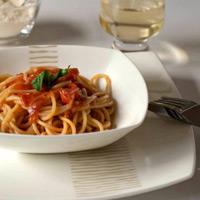 Đơn giản khi làm mỳ Ý