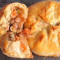Ngọt thơm bánh bao nướng nhân xá xíu