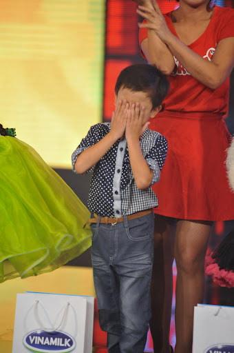 Bảo Trân vào chung kết, các bé ôm mặt khóc - 2