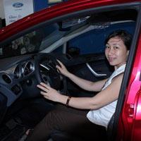 Kinh nghiệm lái xe an toàn trong đêm tối