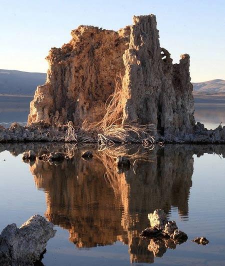 Choáng váng trước tháp đá đẹp mê hồn - 2