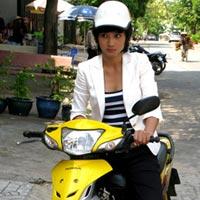Kim Tuyến tái xuất với hình tượng tomboy