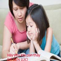 Mẹ tặng con gái 13 tuổi sách dạy yêu