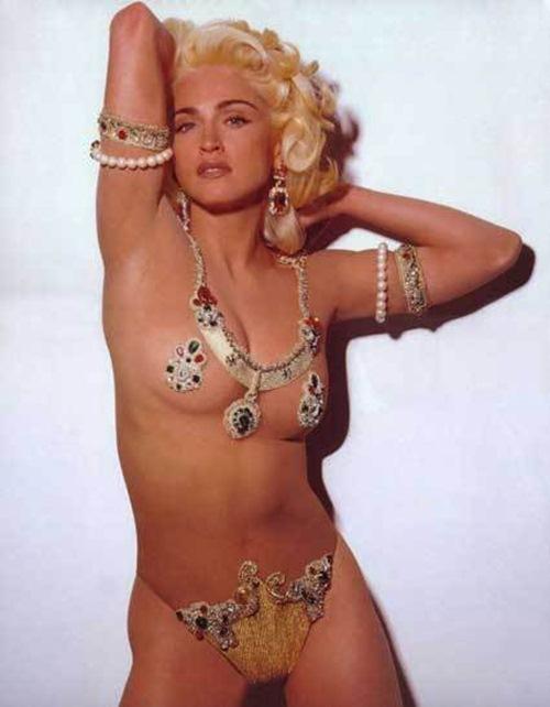 Madonna: Bao giờ mới ngừng 'khoe thân' phản cảm? - 1