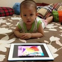 Vật vã cai nghiện... iPad cho con