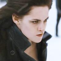 Bella sinh ra để làm... ma cà rồng