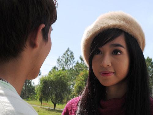 """Elly Trần """"kín cổng cao tường"""" trong phim mới - 2"""