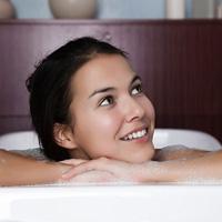 Dùng dung dịch vệ sinh phụ nữ sao cho đúng?