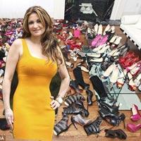 Bị kiện vì BST giày 'bí mật' hơn 1000 đôi
