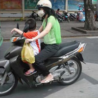 7 lời khuyên cho phụ nữ khi đi xe máy