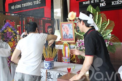 a hau trinh kim chi tien dua nsut ho kieng - 9