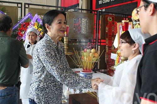 a hau trinh kim chi tien dua nsut ho kieng - 4