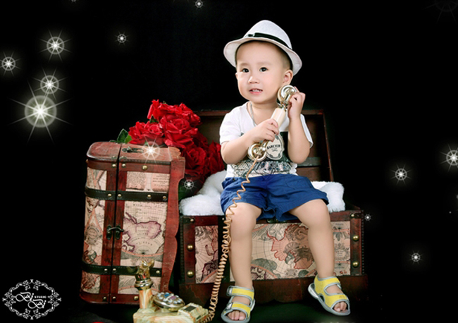 Bé Đặng Quang vinh có tên thân mật là bé Tôm, sinh ngày 5/11/2010.