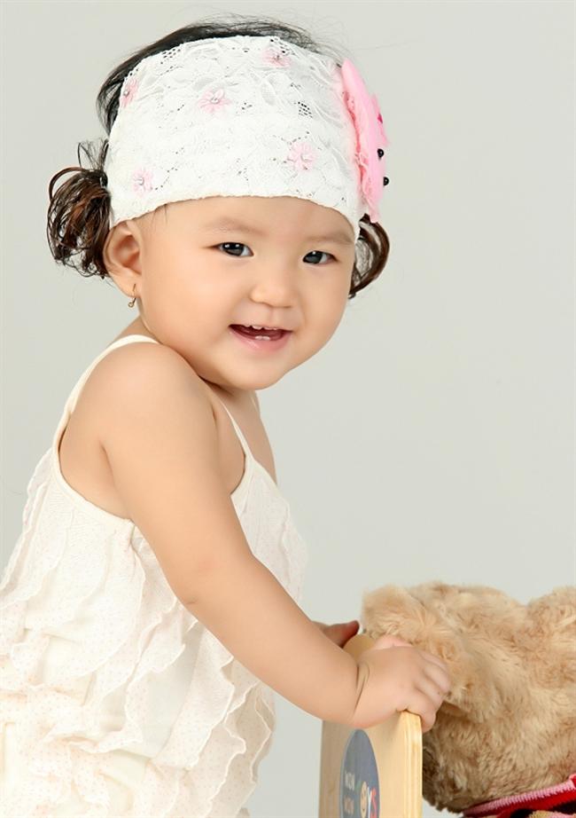 Mới nhìn lần đầu, ai cũng thấy mến cô bé Ruby có nụ cười tươi tắn này.