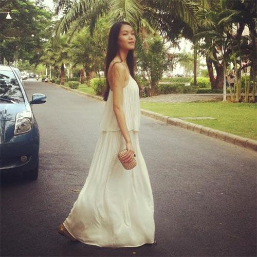 angela phuong trinh bat ngo cham ngoan - 2