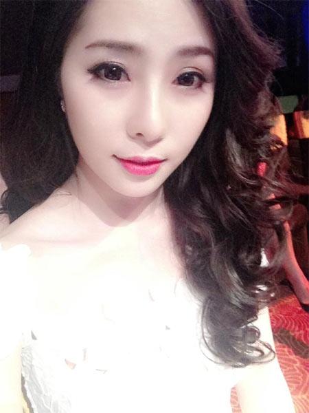 angela phuong trinh bat ngo cham ngoan - 7
