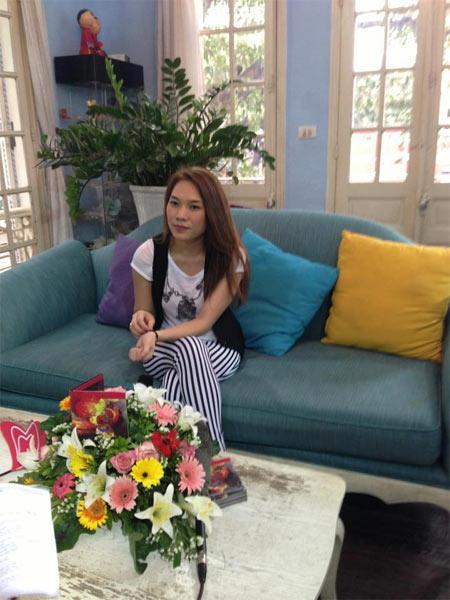 angela phuong trinh bat ngo cham ngoan - 5