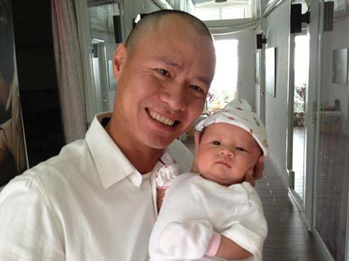 vo chong vu thu phuong tron con di choi - 3