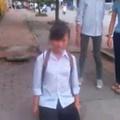 Tin tức - Phẫn nộ nữ sinh bắt bạn quỳ gối xin lỗi giữa đường