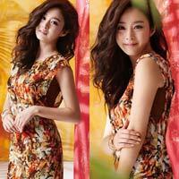 Kim Tae Hee xinh ngất ngây với màu nhiệt đới
