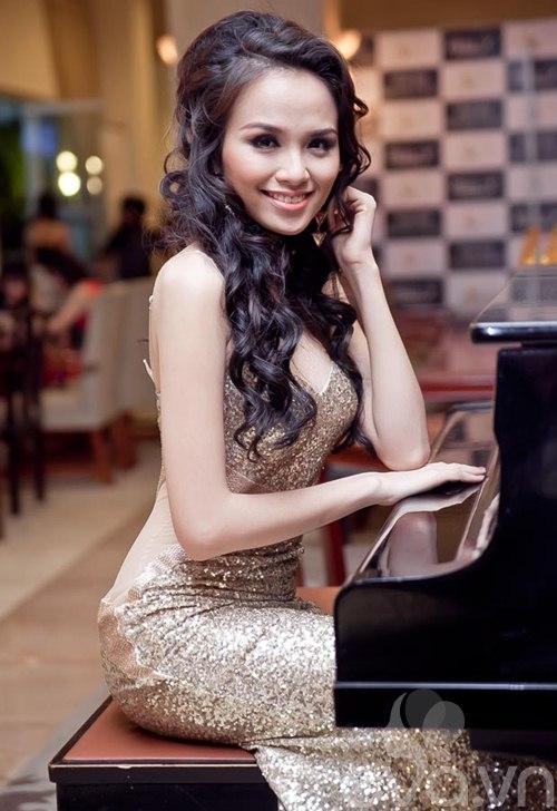 diem huong khoe duong cong sau tin don ket hon - 2