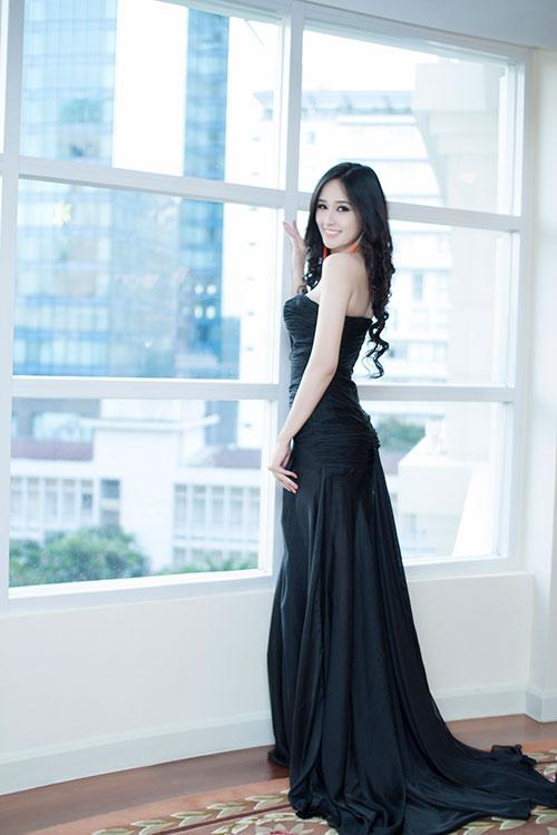 mai phuong thuy khoe da trang non - 7
