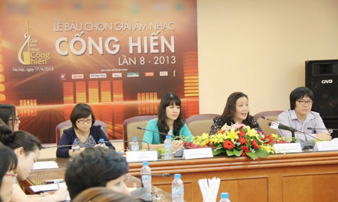 cong hien lan dau tien co giai cho nha bao - 1