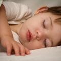 Làm mẹ - Muốn bé ngủ riêng, mẹ phải cương quyết