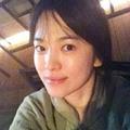 Làng sao - Song Hye Kyo khoe mặt mộc đẹp tự nhiên