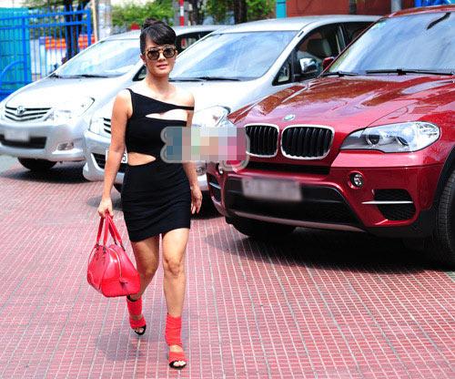 hong nhung mac soc di cham the voice - 2