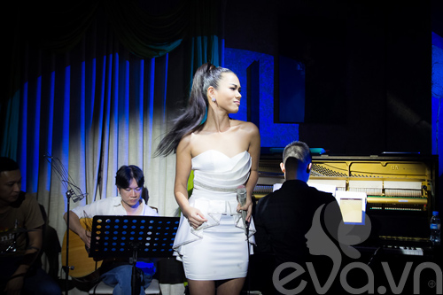 phuong vy thang hoa cung acoustic - 4