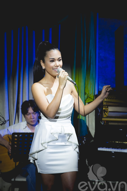 phuong vy thang hoa cung acoustic - 5