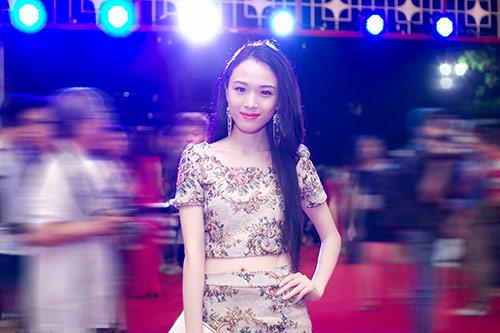 truong ho phuong nga xinh dep ben luu thien huong - 3