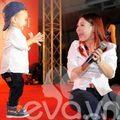 Làng sao - Thanh Thảo đưa Jacky lên sân khấu