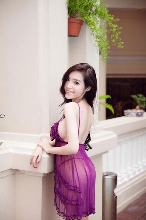 hotgirl elly tran dien ao ngu mong tang ra ho boi - 10