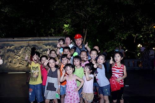 thai thuy linh cang tich cuc lam tu thien - 13