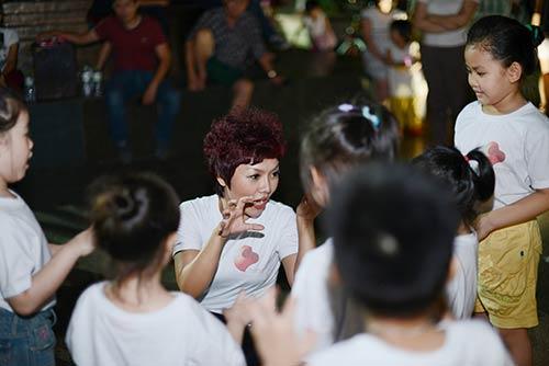 thai thuy linh cang tich cuc lam tu thien - 3