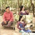 Làng sao - Lý Nhã Kỳ mặc áo dài học đàn dân tộc Campuchia