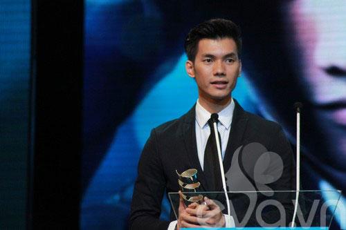 van mai huong bat ngo gianh giai htv awards - 10