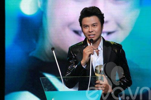 van mai huong bat ngo gianh giai htv awards - 9