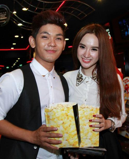 angela phuong trinh di xem phim cung trai dep - 4