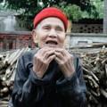 Tin tức - HN: Ông lão 90 tuổi mọc lại cả hàm răng