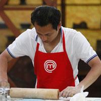 Hồng Nam gác lại giấc mơ đầu bếp